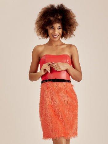 Pomarańczowa sukienka z frędzelkami