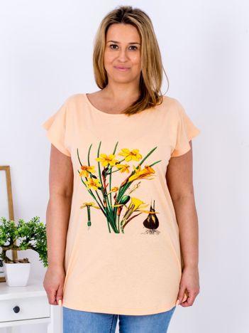 Pomarańczowy t-shirt z żonkilami PLUS SIZE