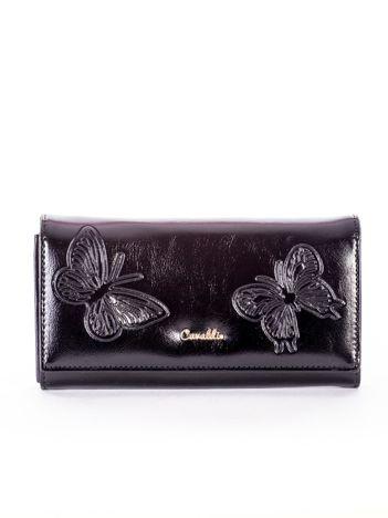 Portfel czarny z tłoczonymi motylami