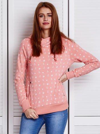 Różowa bluza w marynarskie motywy