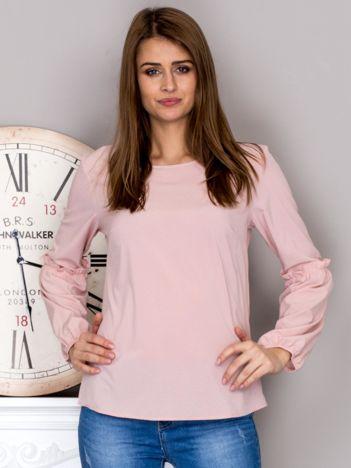Różowa bluzka z ozdobnymi rękawami