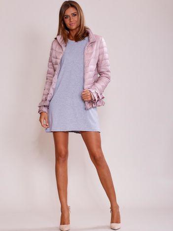 Różowa kurtka z warstwowymi falbankami