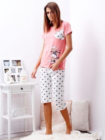 Różowa piżama w gwiazdy