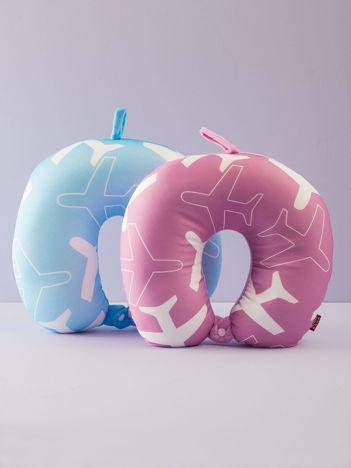 Różowa poduszka podróżna