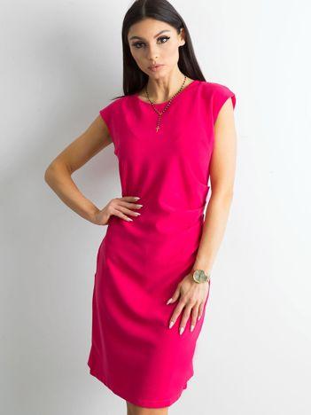 Różowa sukienka damska z marszczeniem