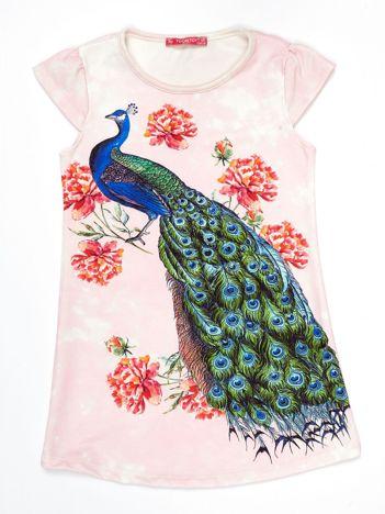 Różowa sukienka z pawiem