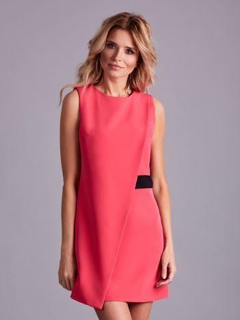 Różowa sukienka z zakładką
