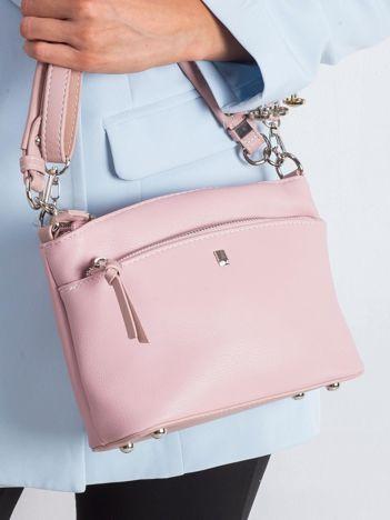 Różowa torebka z uchwytem