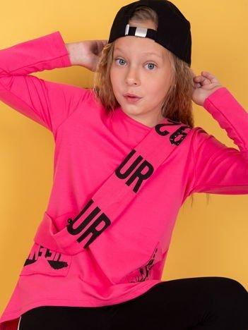 Różowa tunika dla dziewczynki z nadrukiem na kieszeniach