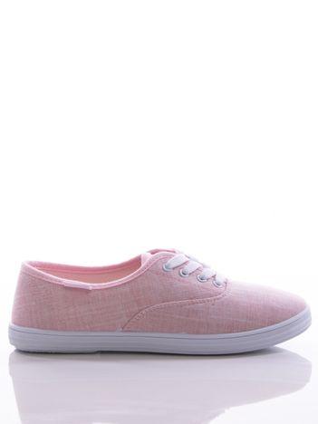 Różowe płócienne tenisówki