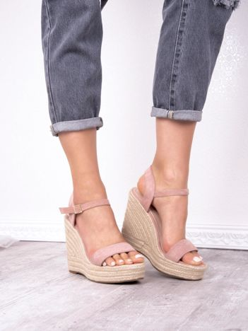 Różowe sandały BELLO STAR na koturnach
