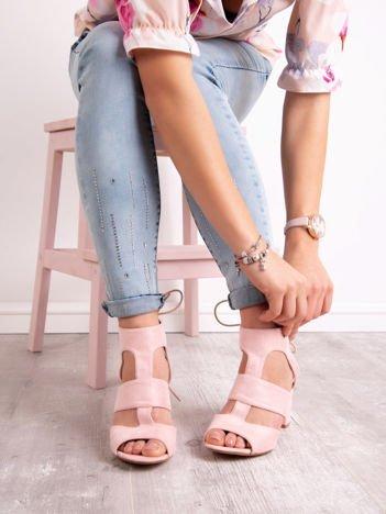 Różowe sandały SABATINA z sznurowaniem na tyle cholewki
