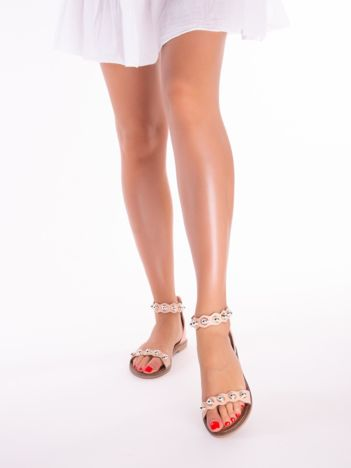 Różowe sandały z zapięciem na suwak z tyłu cholewki
