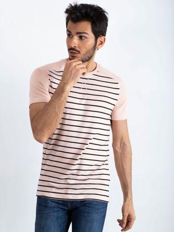 Różowo-czarny t-shirt męski Future