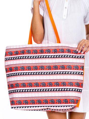 Różowo-pomarańczowa torba we wzory