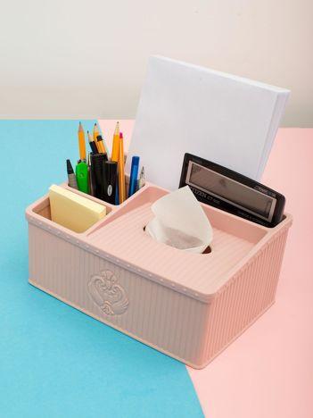 Różowy pastelowy organizer kosmetyczny lub biurowy