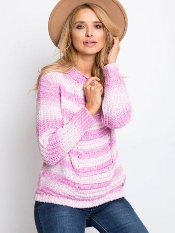 Różowy sweter Cary