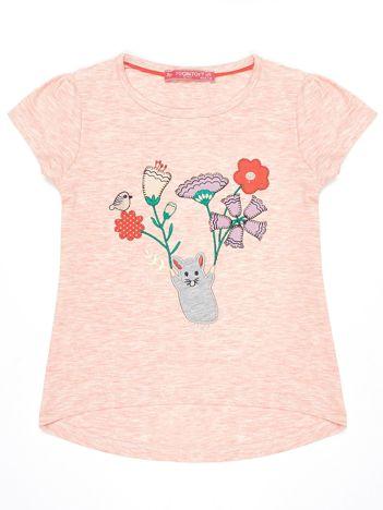 Różowy t-shirt dla dziewczynki z kolorową naszywką
