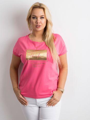 Różowy t-shirt z nadrukiem PLUS SIZE
