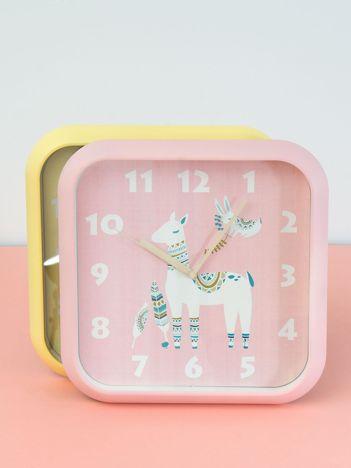 Różowy zegar na ścianę z motywem zwierzęcym