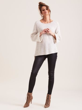 SCANDEZZA Beżowy sweter oversize