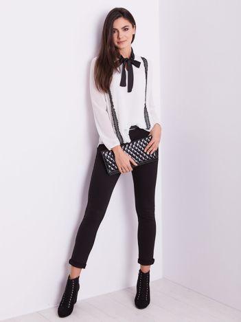 SCANDEZZA Biała elegancka bluzka