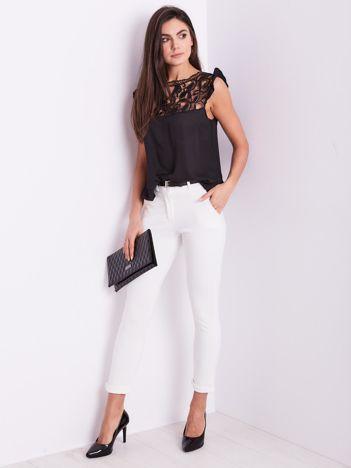SCANDEZZA Białe spodnie damskie