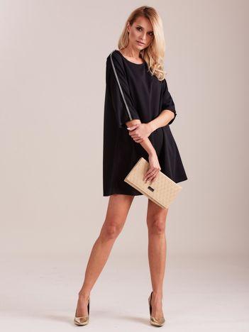 SCANDEZZA Czarna sukienka oversize