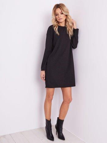SCANDEZZA Czarna sukienka w drobny wzór