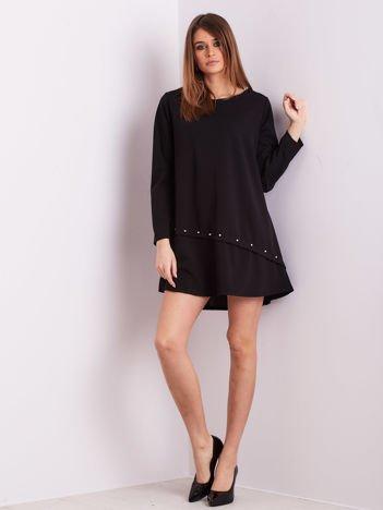 SCANDEZZA Czarna sukienka z diamencikami