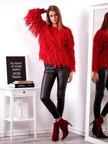 SCANDEZZA Czerwony sweter z długim włosem