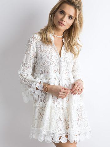 SCANDEZZA Ecru koronkowa sukienka