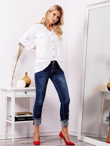 SCANDEZZA Niebieskie jeansy z podwijanymi nogawkami