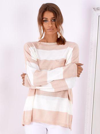 SCANDEZZA Różowo-ecru sweter oversize w pasy