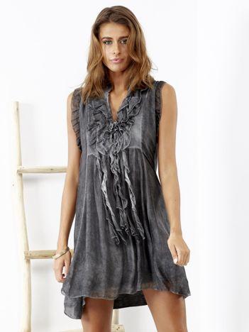 SCANDEZZA Szara sukienka z falbankami przy dekolcie