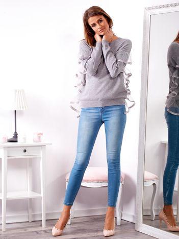 SCANDEZZA Szary sweter z falbankami