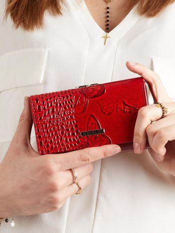 27cfa5ffb5374 Skórzany portfel damski w motyle czerwony