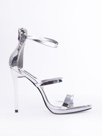Srebrne sandały na szpilkach z suwakiem na tyle cholewki