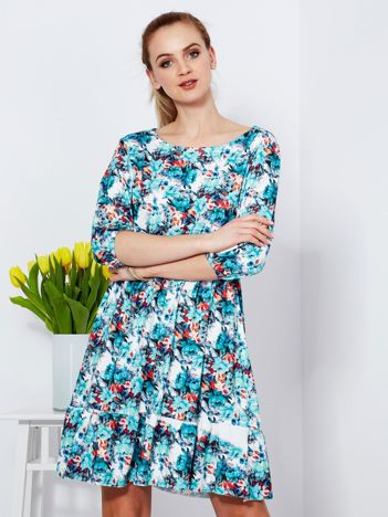 Sukienka biała w malarski kwiatowy deseń