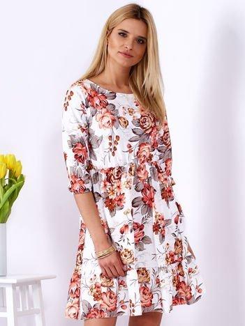 Sukienka biała z gumką w pasie w kolorowe kwiaty