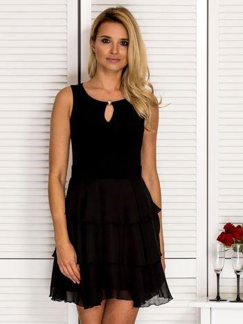 Sukienka damska z falbankami i wycięciem łezką czarna