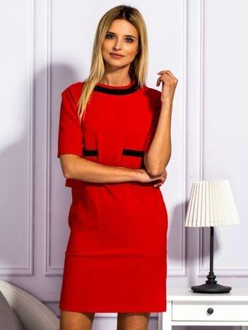 Sukienka damska z kieszeniami czerwona