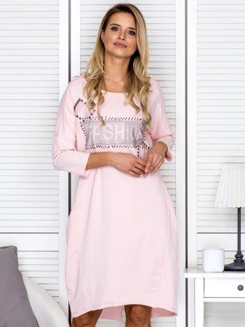 Sukienka damska z napisem z dżetów różowa