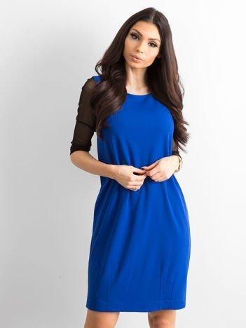 Sukienka damska z transparentnymi rękawami kobaltowa