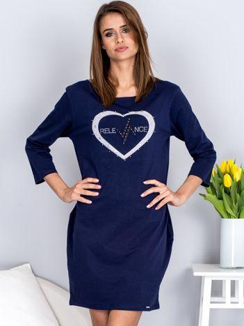 Sukienka granatowa z biżuteryjnym sercem