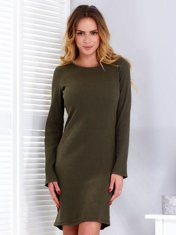 Sukienka khaki prążkowana ze sznurowanym dekoltem na plecach