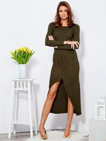 Sukienka khaki z drapowaniem