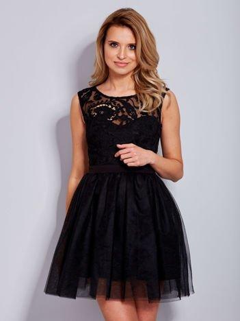 Sukienka koronkowa z kokardą z tyłu czarna