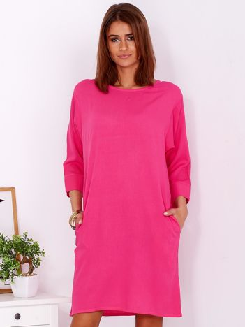 Sukienka oversize z domieszką bawełny ciemnoróżowa