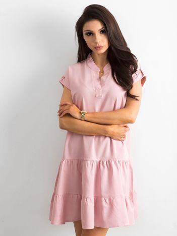 Sukienka z falbaną różowa